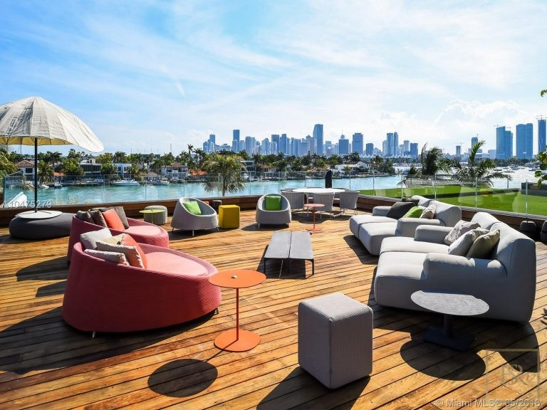 House HIBISCUS ISLAND 370 S Hibiscus Dr - Miami Beach, USA best for sale For Super Rich