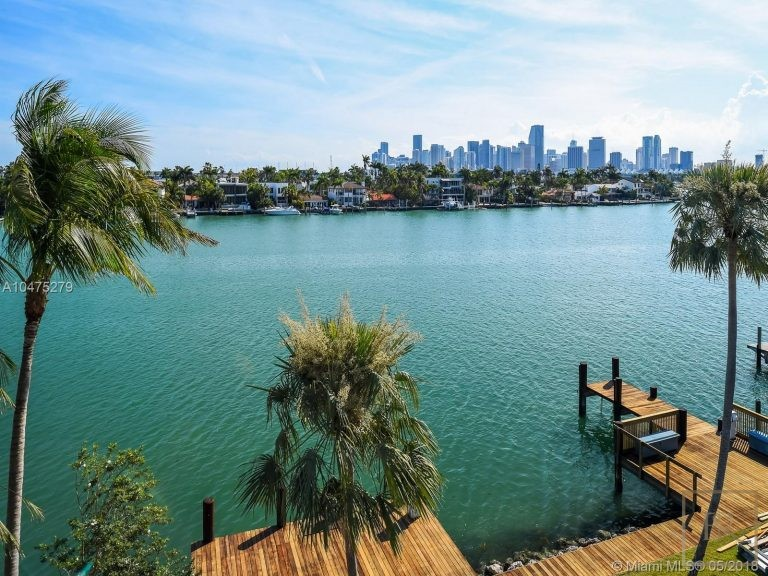 House HIBISCUS ISLAND 370 S Hibiscus Dr - Miami Beach, USA property for sale For Super Rich