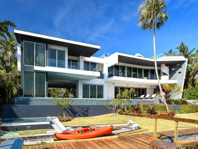 House HIBISCUS ISLAND 370 S Hibiscus Dr - Miami Beach, USA available for sale For Super Rich