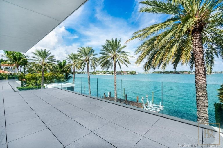 House HIBISCUS ISLAND 101 N Hibiscus Dr - Miami Beach, USA search for sale For Super Rich