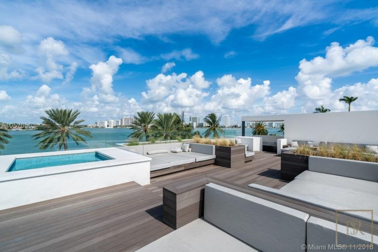 House HIBISCUS ISLAND 101 N Hibiscus Dr - Miami Beach, USA deal for sale For Super Rich