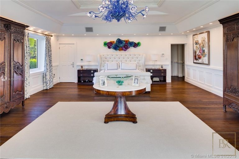 House STAR ISLAND 46 Star Island Dr - Miami Beach, USA image for sale For Super Rich