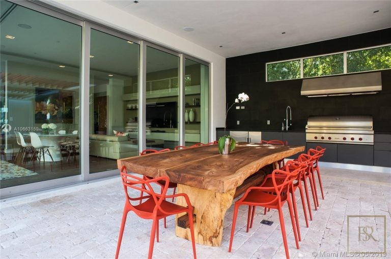 Ultra luxury home Miami Beach USA for sale