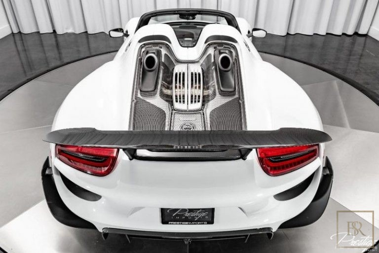 2015 Porsche 918 SPYDER buyers for sale For Super Rich