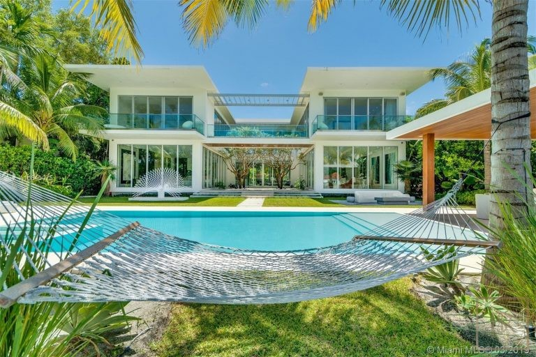 House, 1435 W 27th St, Miami Beach
