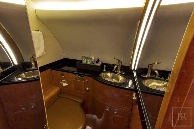 Luxury private jets Bombardier Global express for sale for super rich