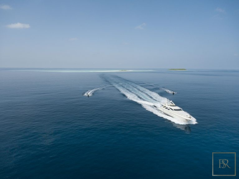 Luxury home, house, villa, property Randheli Maldives for rent holiday