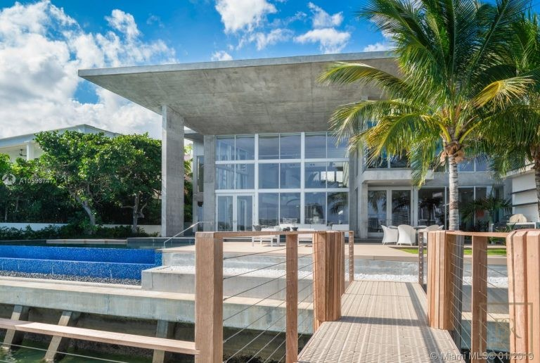 House 35 E Dilido Dr - Miami Beach, USA available for sale For Super Rich