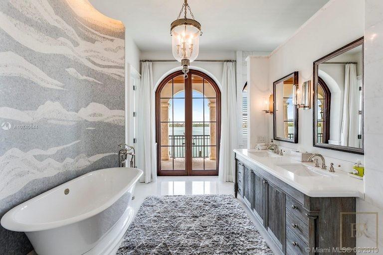 House 27 E Dilido Dr - Miami Beach, USA luxury for sale For Super Rich
