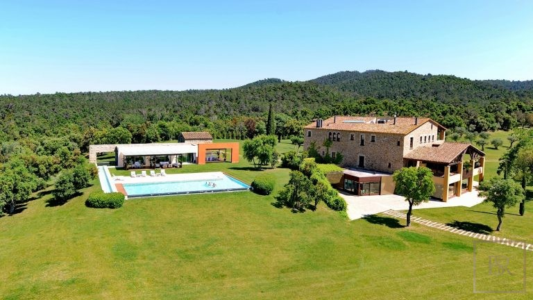 Mas Mateu 16 BR - For VIP's, Royalty & Celebrities  90500 Week rental For Super Rich