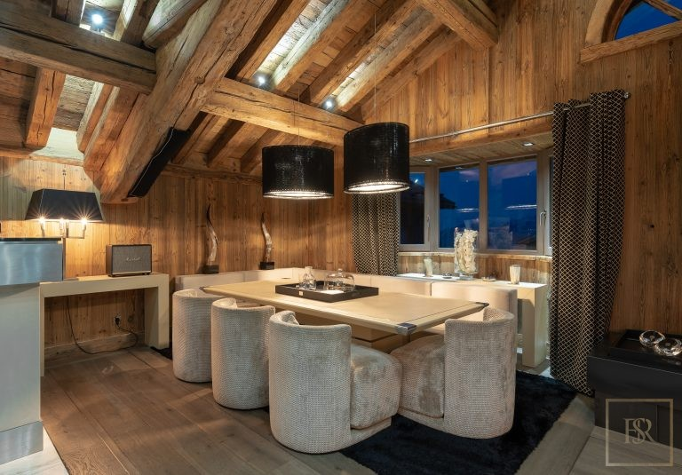 Chalet Courchevel 1850 with Swimming Pool property rental For Super Rich
