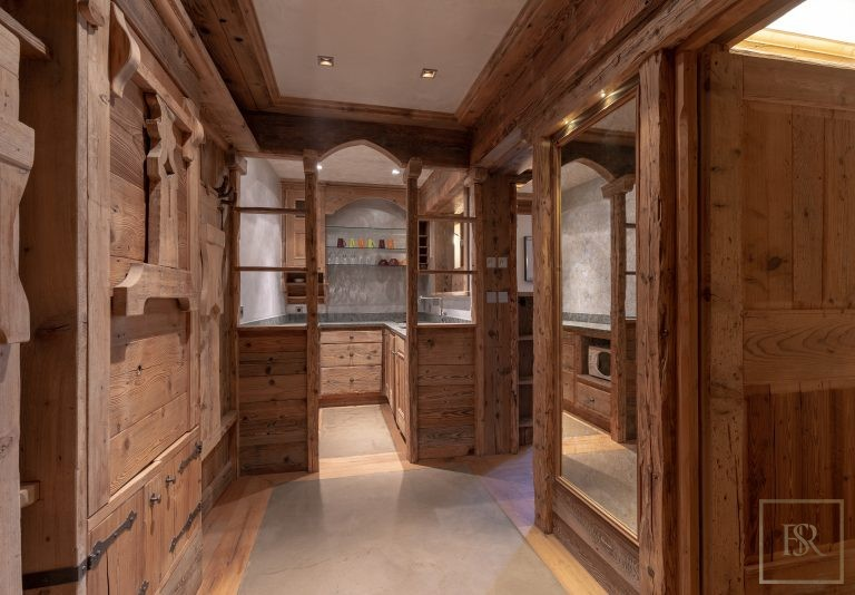 Chalet Courchevel 1850 with Swimming Pool value rental For Super Rich