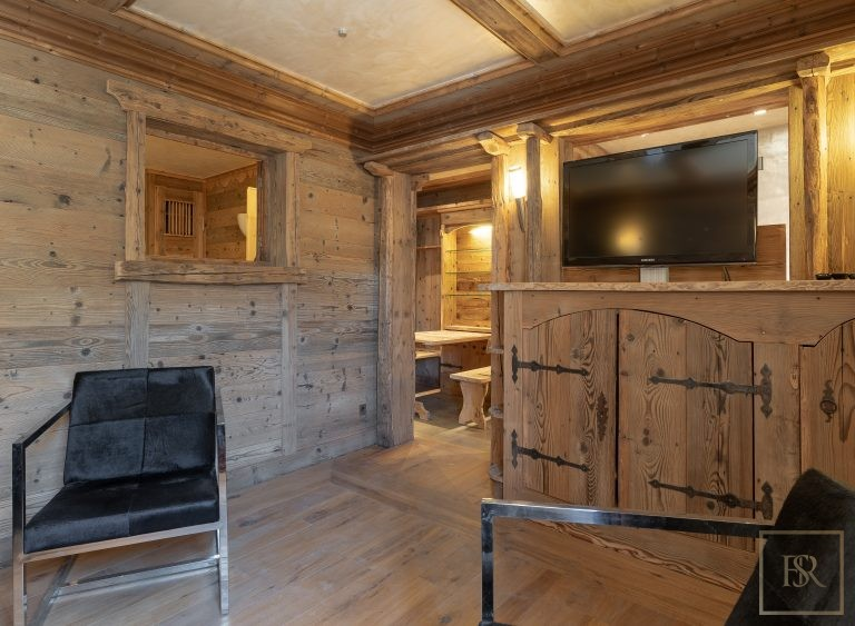 Chalet Courchevel 1850 with Swimming Pool expensive rental For Super Rich