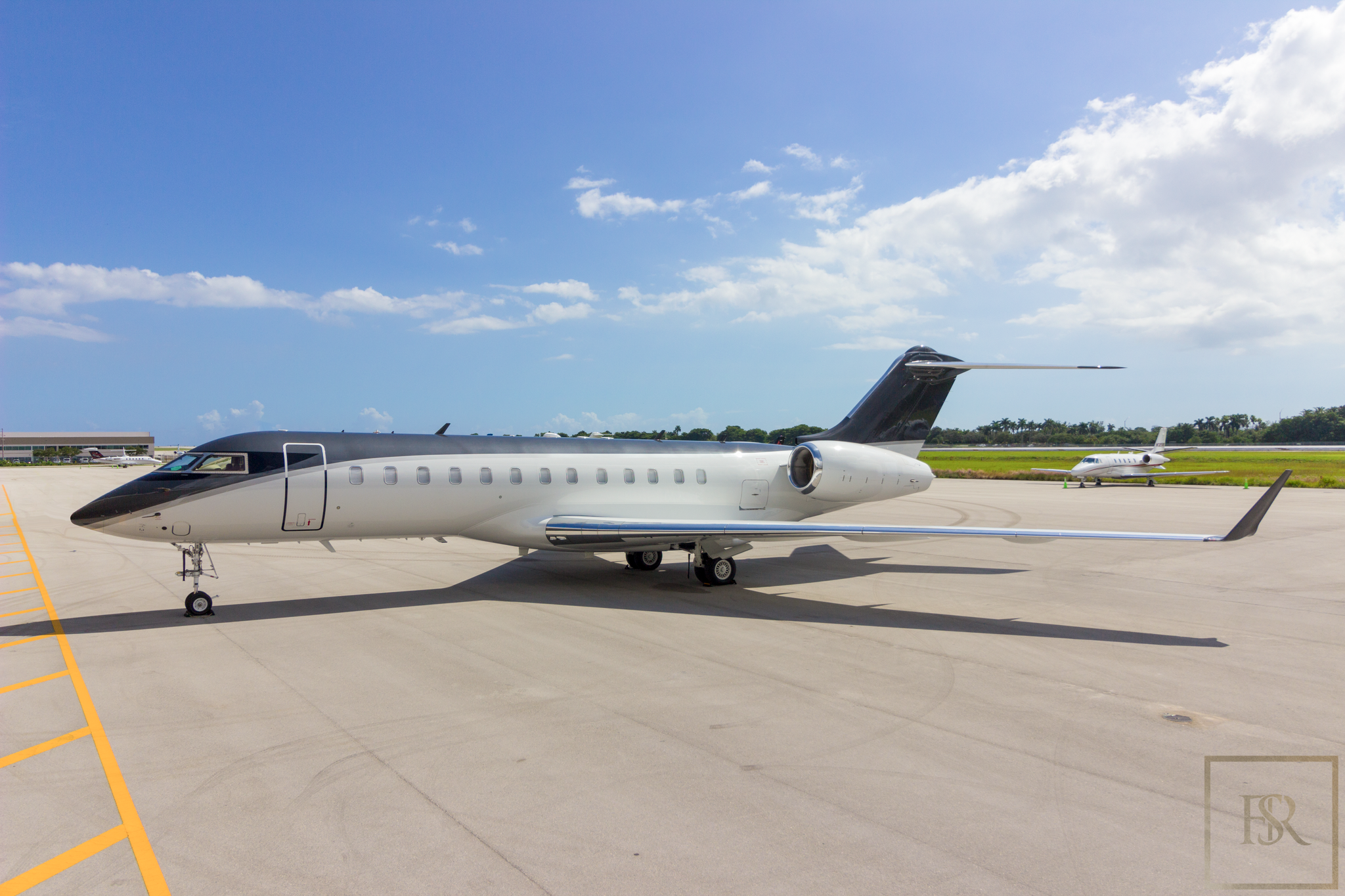 2001 Bombardier  2000 GLOBAL EXPRESS for sale For Super Rich