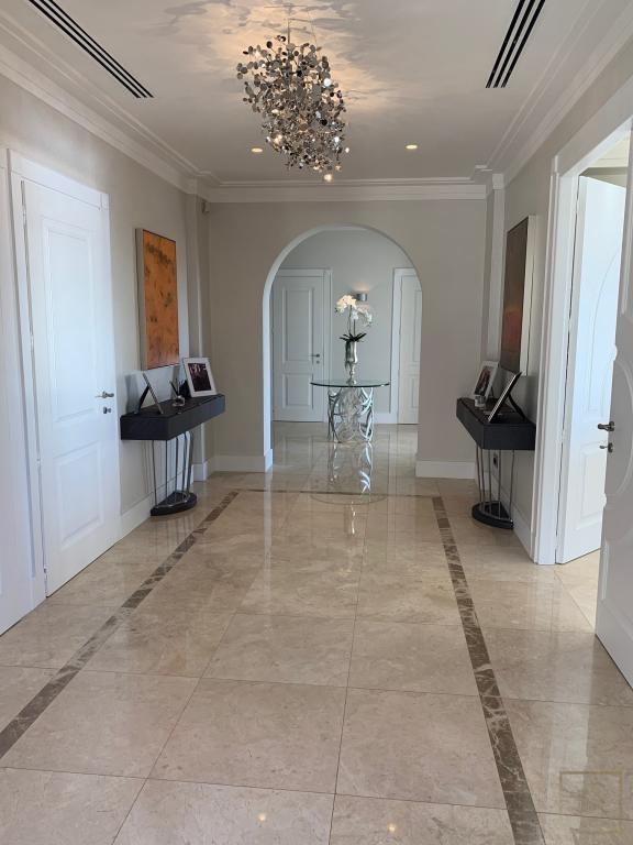 Property Baie - Villefranche & Saint-Jean Cap-Ferrat value for sale For Super Rich