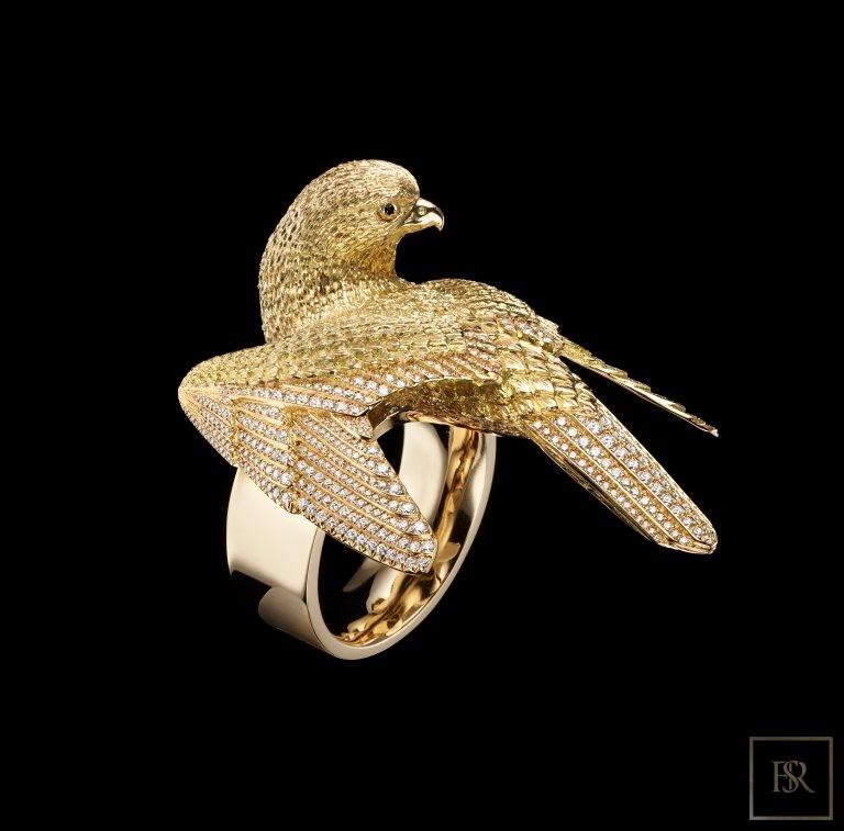 Masterpiece Gold & Diamonds FALCON Ring - GIBERG Switzerland for sale For Super Rich