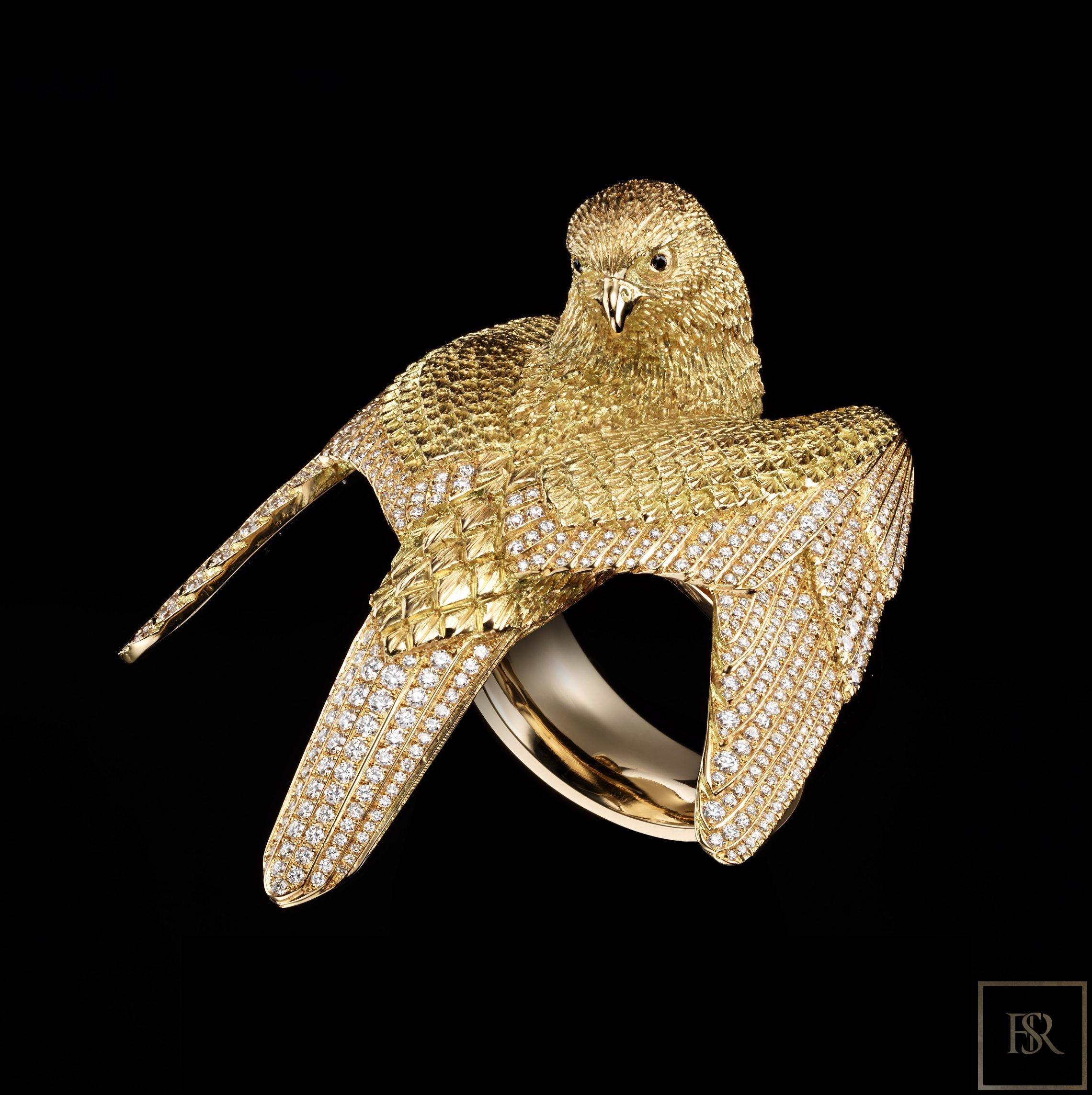 Masterpiece Gold & Diamonds FALCON Ring - GIBERG for sale For Super Rich