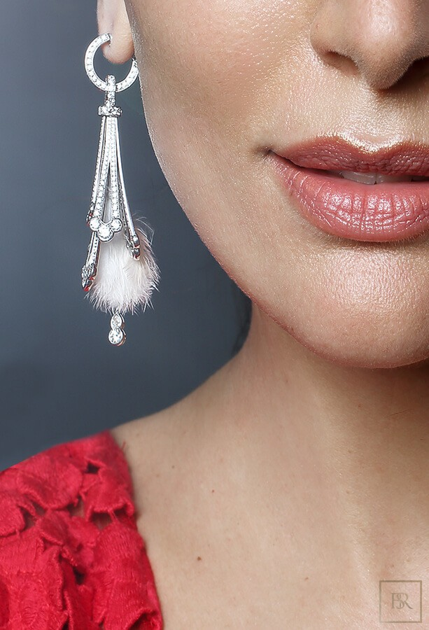 Feather-Earrings White Gold & 680 Diamonds - GIBERG Switzerland for sale For Super Rich