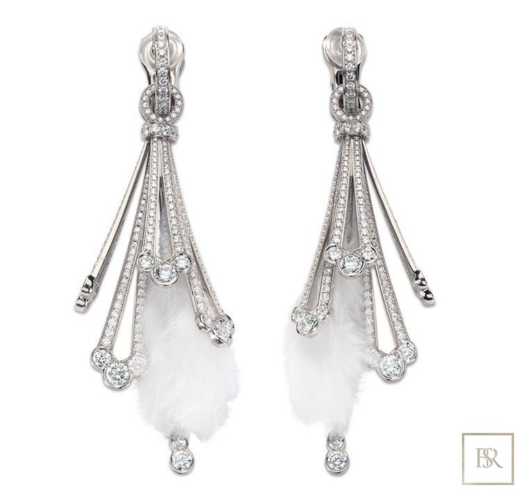 Feather-Earrings White Gold & 680 Diamonds - GIBERG Unique for sale For Super Rich