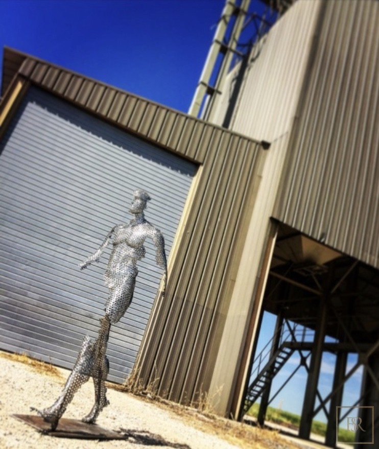 Sculpture Human Body - VYKI 0 for sale For Super Rich