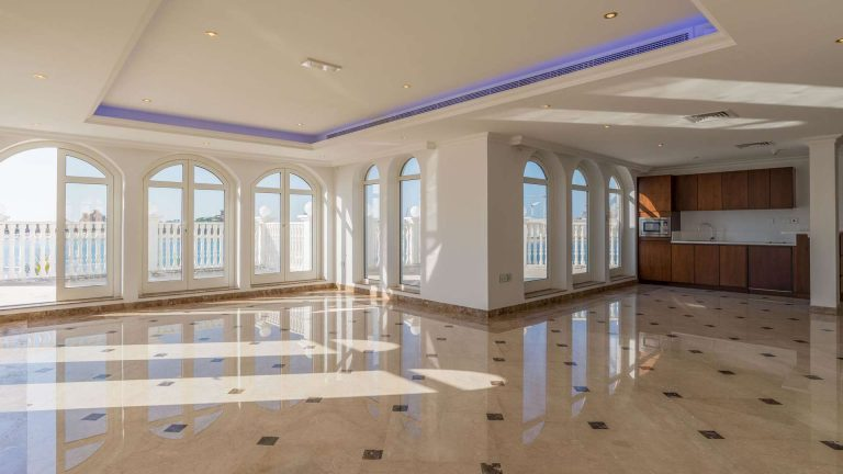 Villa Exclusive - Palm Jumeirah, Dubai, UAE value for sale For Super Rich