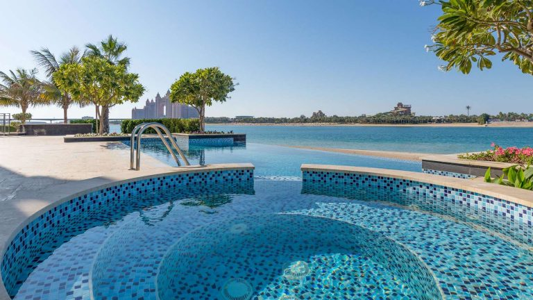 Villa Exclusive - Palm Jumeirah, Dubai, UAE search for sale For Super Rich