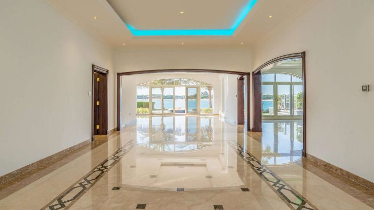 Villa Exclusive - Palm Jumeirah, Dubai, UAE luxury for sale For Super Rich