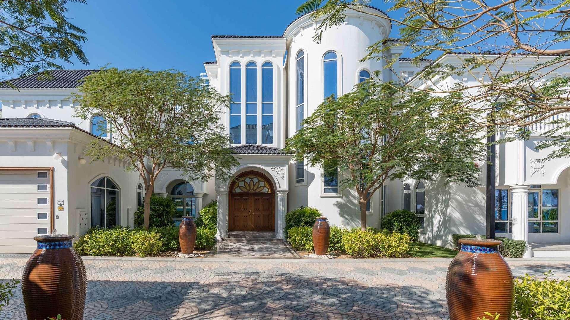 Villa Exclusive - Palm Jumeirah, Dubai, UAE for sale For Super Rich