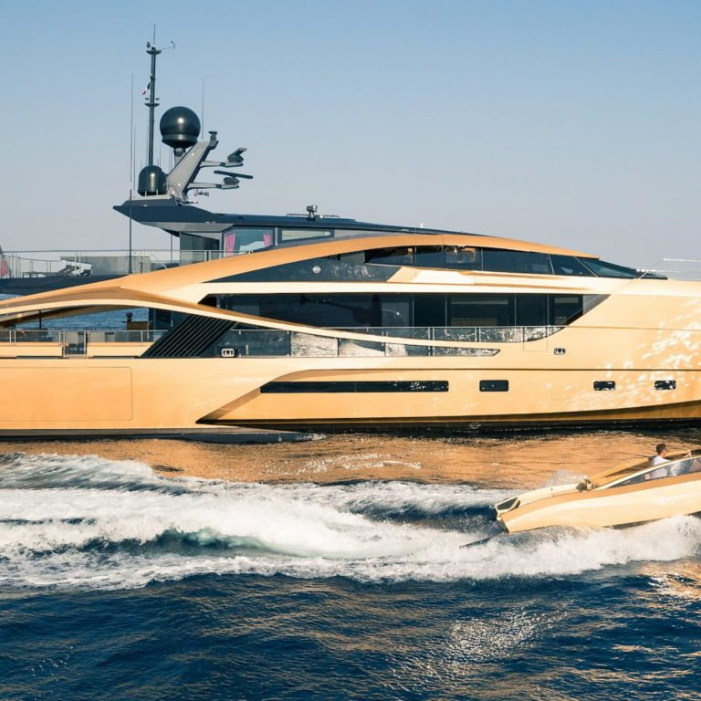 2015 PALMER JOHNSON 49M 49 Meters Used for sale For Super Rich