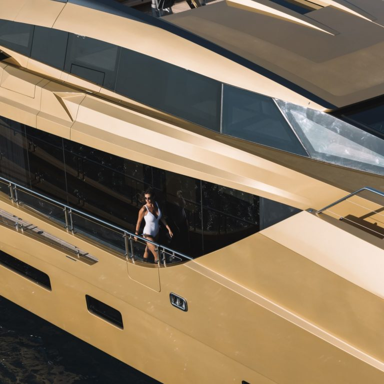 2015 PALMER JOHNSON 49M 49 Meters price for sale For Super Rich