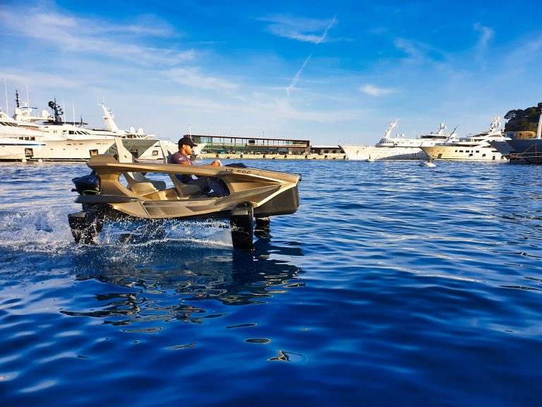 Electric boat - Quadrofoil Q2S Limited Edition Luxury for sale For Super Rich
