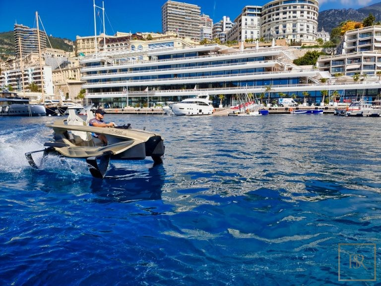 Electric boat - Quadrofoil Q2S Limited Edition ultra luxury for sale For Super Rich