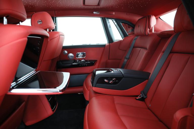 2019 Rolls-Royce PHANTOM buy for sale For Super Rich