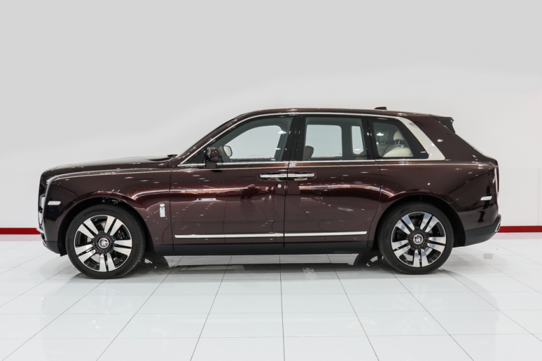 2020 Rolls-Royce CULLINAN 500 - 600 HP for sale For Super Rich