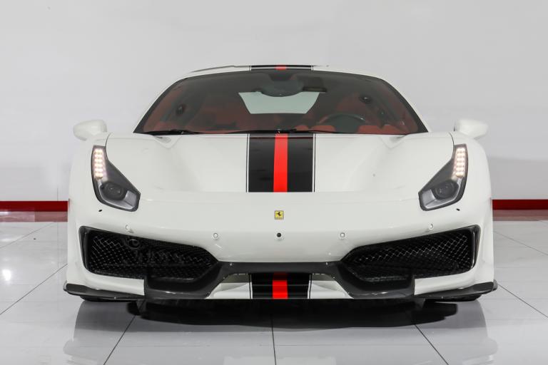 2019 Ferrari 488 Pista White/Red for sale For Super Rich