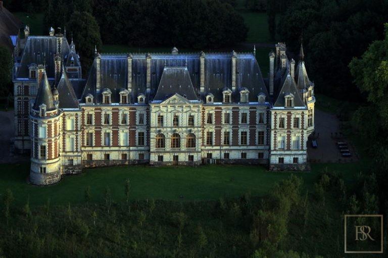 Castle, Belfort