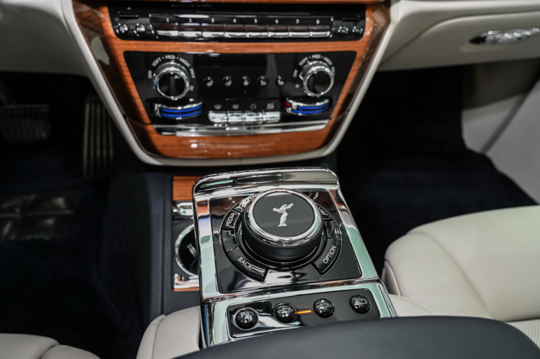 2019 Rolls-Royce PHANTOM Automatic for sale For Super Rich