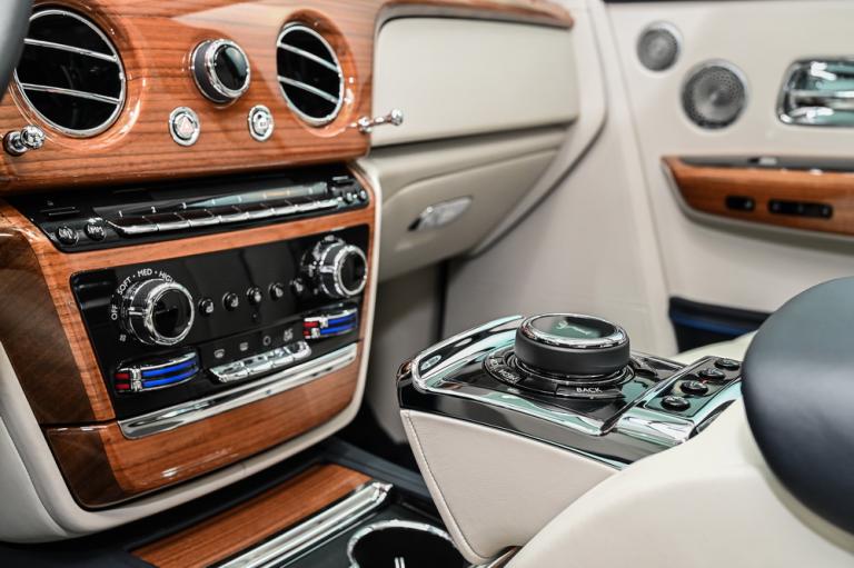 2019 Rolls-Royce PHANTOM luxury for sale For Super Rich