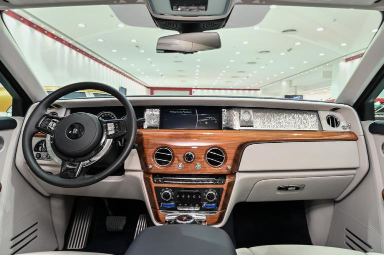 2019 Rolls-Royce PHANTOM buyers for sale For Super Rich