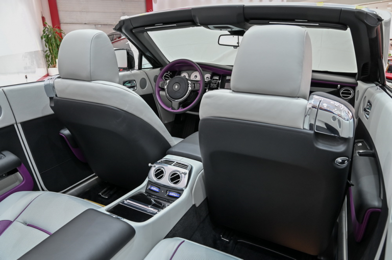 2020 Rolls-Royce DAWN Automatic for sale For Super Rich