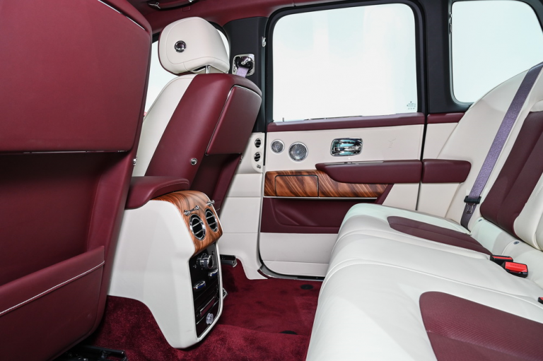 2020 Rolls-Royce CULLINAN best for sale For Super Rich