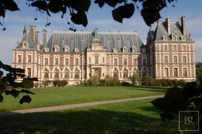 French Castle XIX Century - Belfort, Area Franche Conté for sale For Super Rich