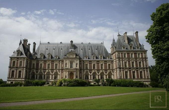 French Castle XIX Century - Belfort, Area Franche Conté best for sale For Super Rich