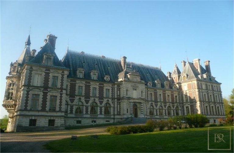 French Castle XIX Century - Belfort, Area Franche Conté available for sale For Super Rich