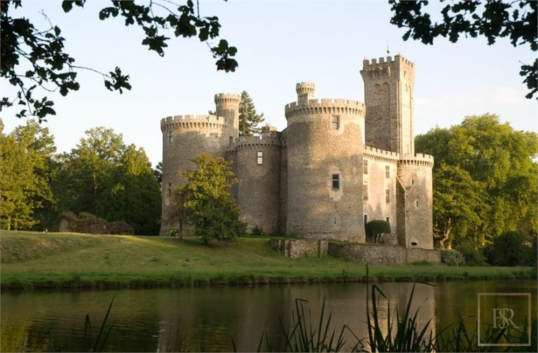 French Castle XII Century - Limoges, Area Limousin 135 for sale For Super Rich