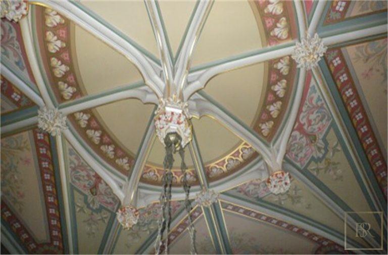 French Castle XIV Century - Near Geneva, Area Franche-Comté prix for sale For Super Rich