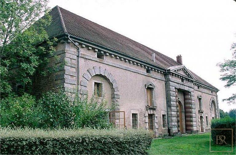 French Castle XIX Century - Belfort, Area Franche Conté exclusive for sale For Super Rich
