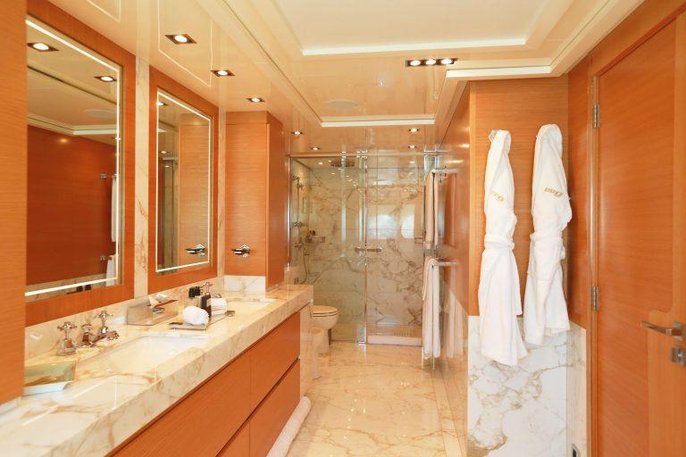PALMER JOHNSON DB9 52 Meters billionaire charter rental For Super Rich